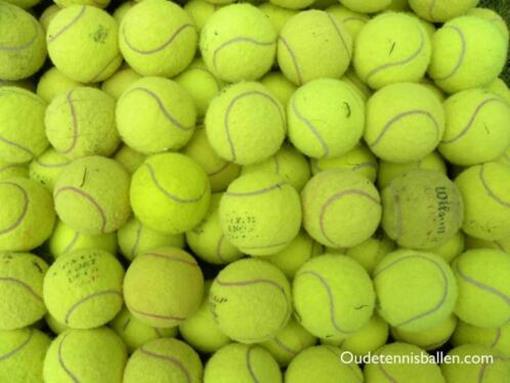 Oude tennisballen.jpeg