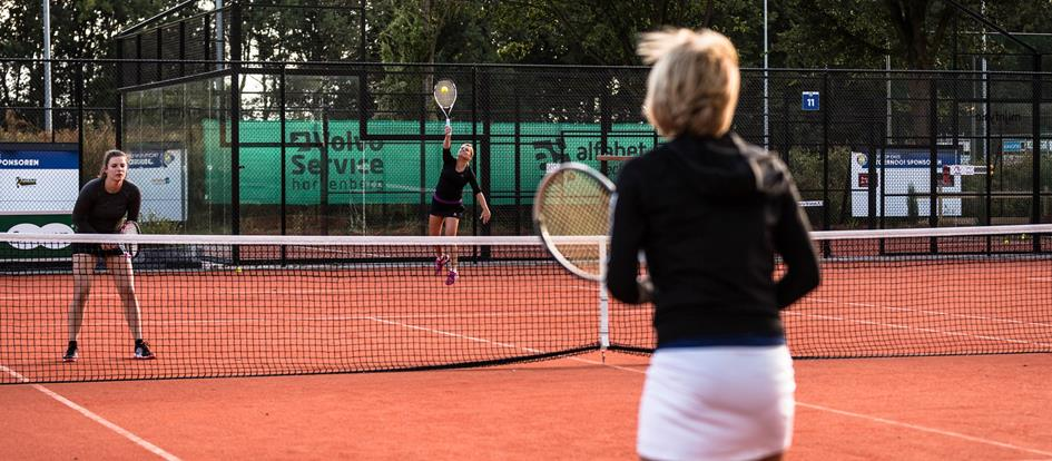 Nieuwe Coronamaatr.Tennis.jpg