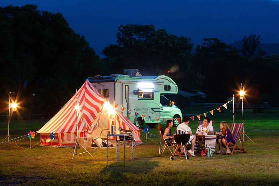 camping-glamping-5770a6e93df78cb62ce68348.jpg