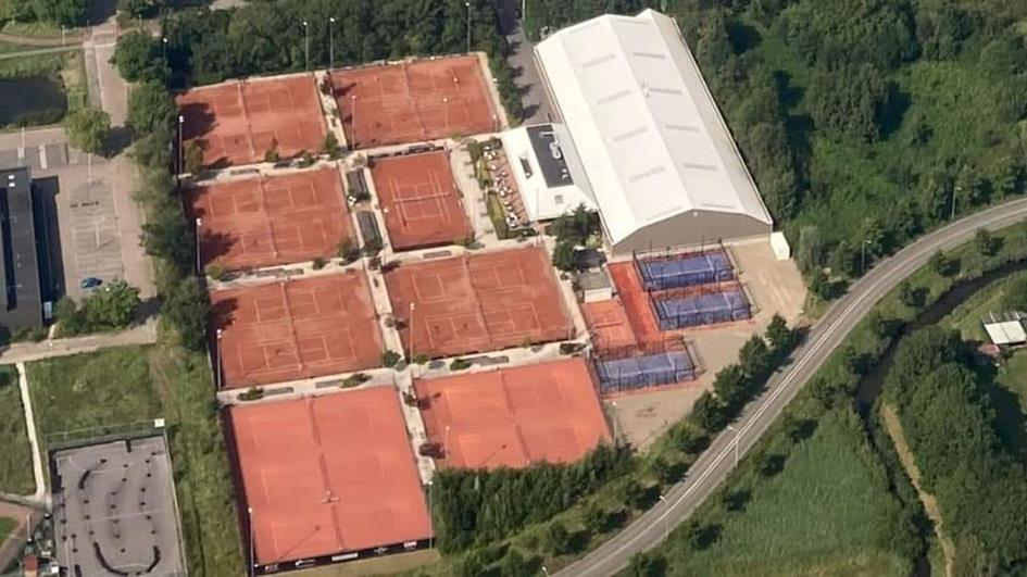 TCK complex met padelbanen.jpg