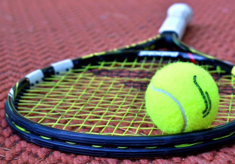 tennis-3552164_1920.jpg