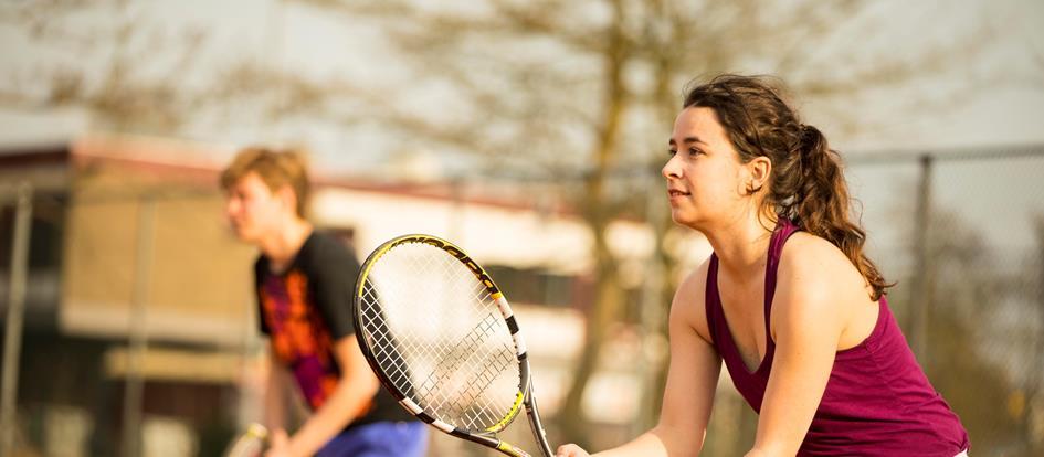 8-9-tennis.jpg