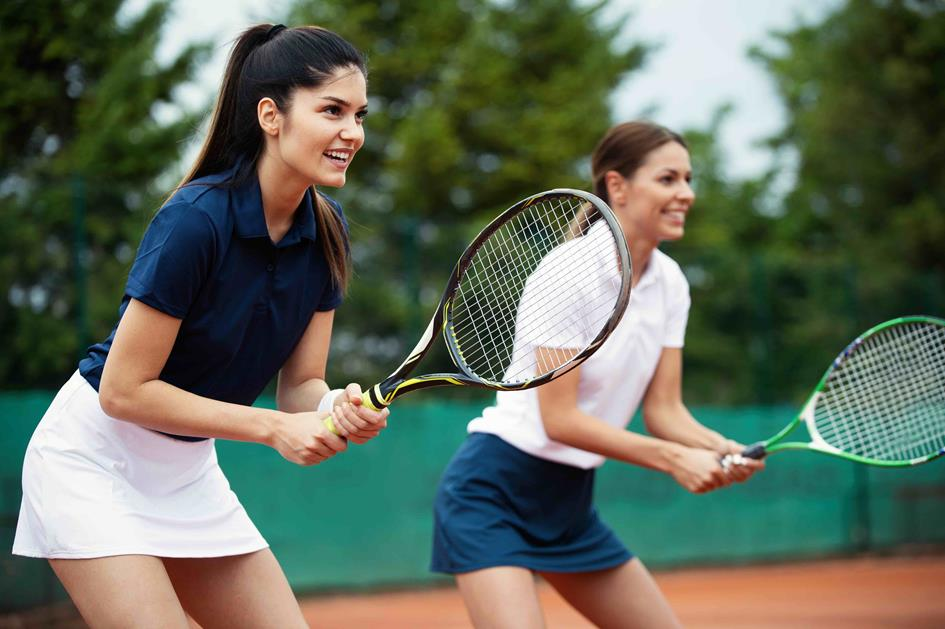 playing-tennis-women-A6C3NUY.jpg