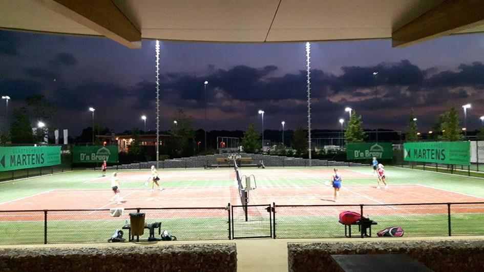 tennis verlichting.jpg