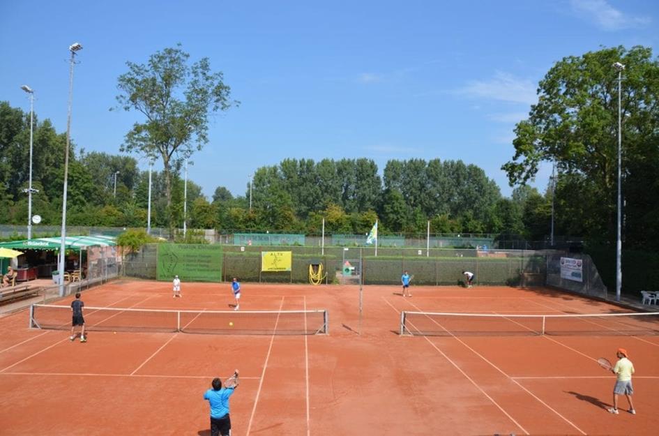 tennisvereniging-altv-zoetermeer-1024x678.jpg