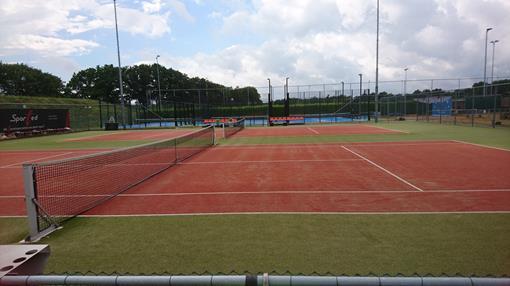 tennisbaan_DSC_0498.jpg