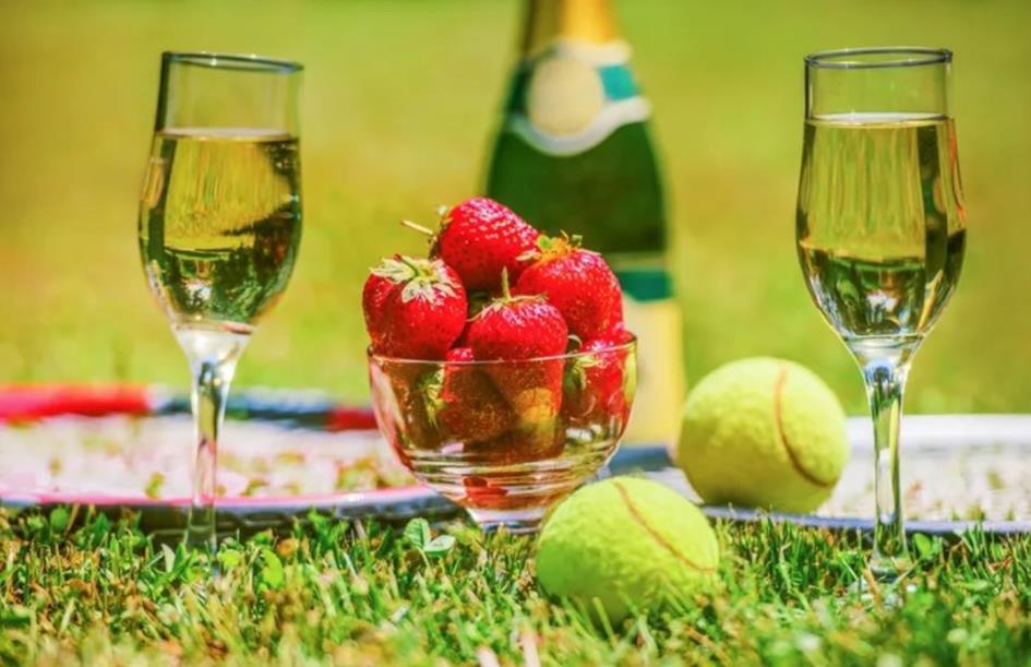 aardbeien wijn.jpg