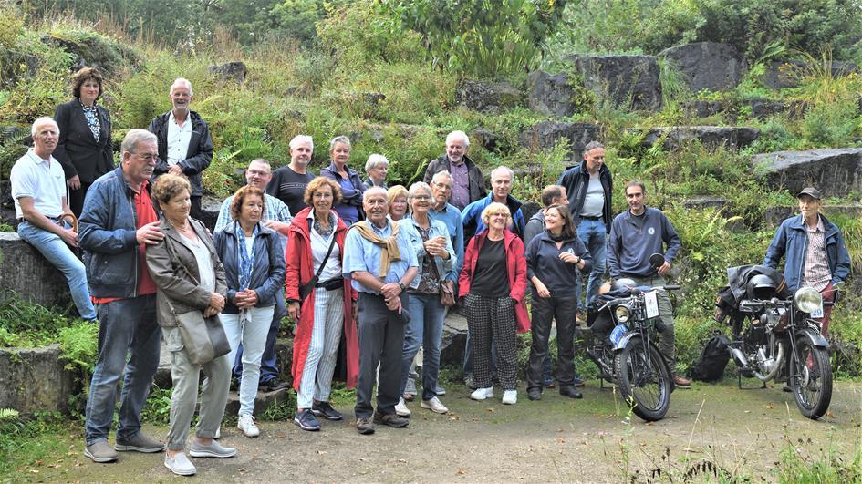 210911 Vrijwilligersdag  groepsfoto (2).jpg