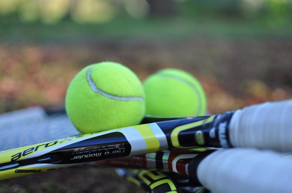 tennis-1776526.jpg