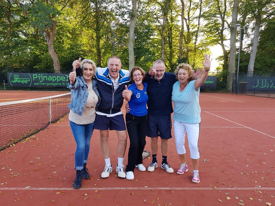 2019-10-26 Kampioenen Mix team Heidi.jpg