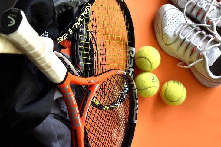 afbeelding tennisattributen.jpg